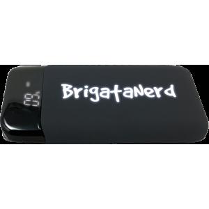 Powerbank GameOver de 10.000 mah de carga rapida con doble USB normal y de Tipo C Brigata Nerd - 3